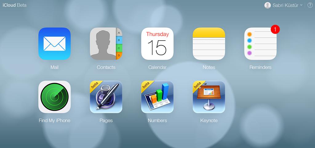 В веб-версии iCloud появилась загрузка фотографий